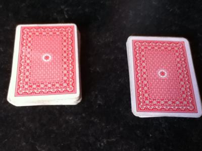deck cut, spectator's card on right(from the middleof deck)